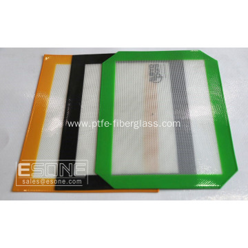 Reusable and non-stick silicone baking mat